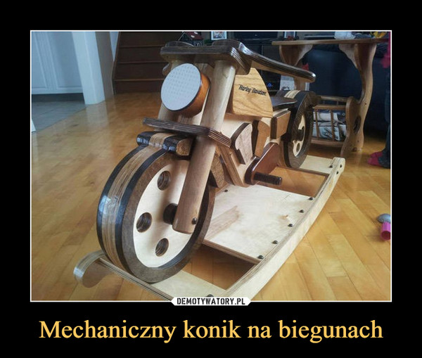 Mechaniczny konik na biegunach –