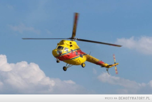 Teoretycznie, czy jeśli helikopter wzniósłby się nad ziemię i wisiał nieruchomo przez 24 godziny, to czy ziemia pod nim obróciłaby się? Jeśli tak , to o jaką odległość? Czy helikopter lądując wylądowałby w innym miejscu niż startował? –
